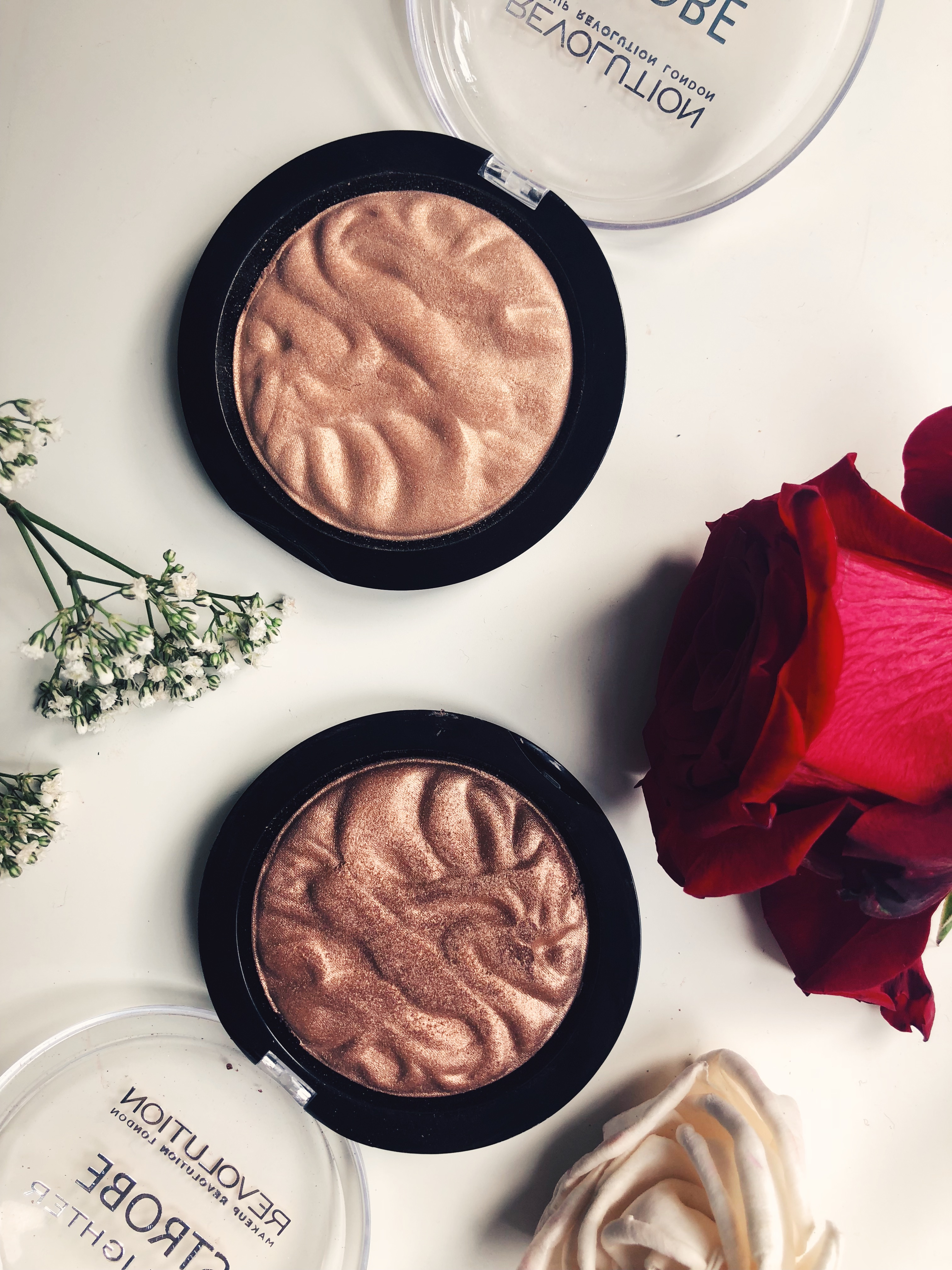 MAKEUP REVOLUTION STROBE HIGHLIGHTER – REVIEW, SWATCHES & PHOTOS