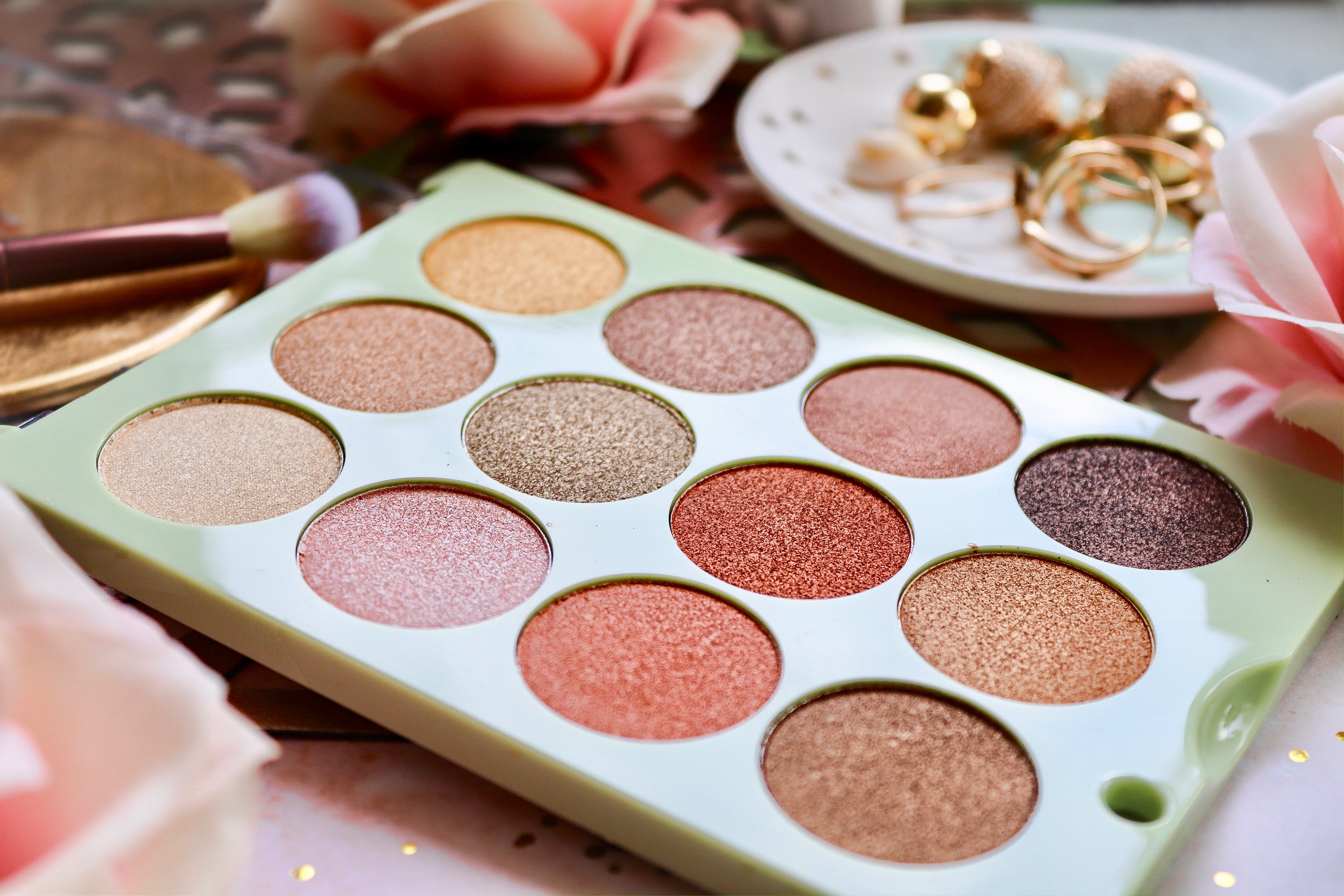 PIXI: REFLEX LIGHT PALETTE & BRUSHES REVIEW*